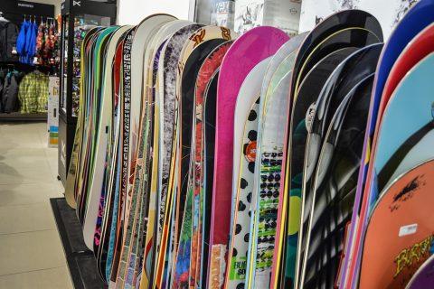 Wiązania snowboardowe – markowy sprzęt